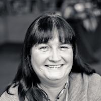 Helen Harwood :