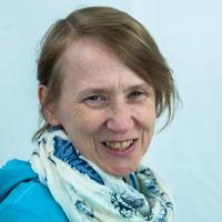 Annette Wade :