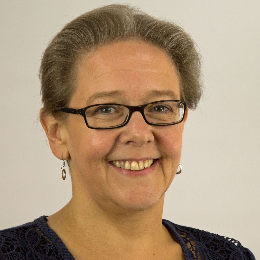 Anita Matthews :